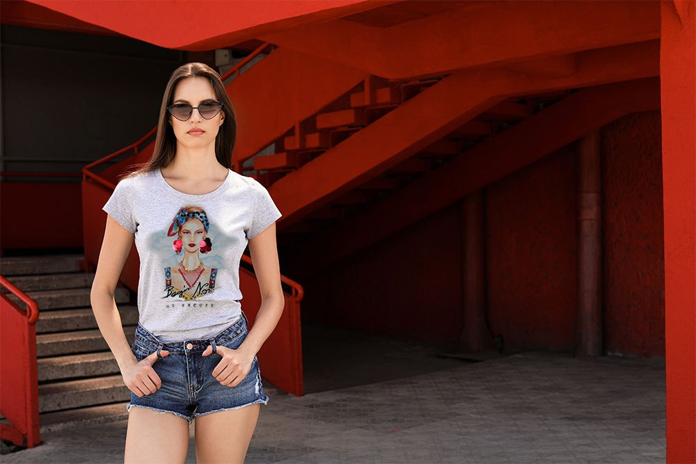 Young Woman Wearing Gray T-shirt On Street. Urban Style